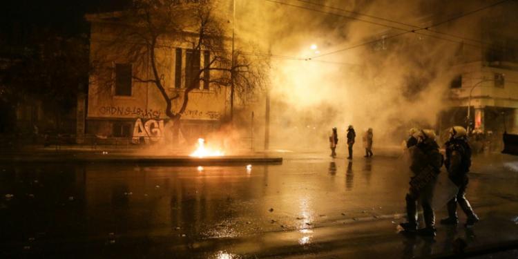 ΚΑΙ Αφανείς ΑΓΙΟΙ  θα τρέξουν στις δύσκολες στιγμές που θα ζήσει η Αθήνα και οι άλλες μεγαλουπόλεις.