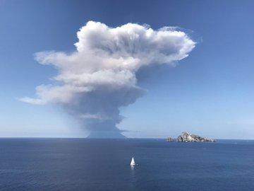 Τρόμος Στην Ιταλία: Ξύπνησε Το Ηφαίστειο Στο Στρόμπολι -Ενας Νεκρός Και Ένας Τραυματίας