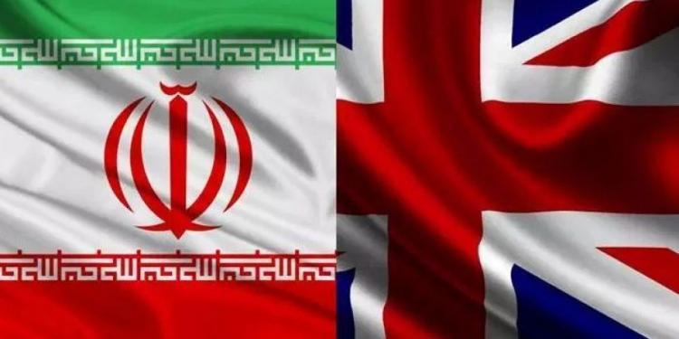 Πώς η Βρετανία παγιδεύτηκε ως «χρήσιμος ηλίθιος» στην επικίνδυνη πολιτική του Trump έναντι στο Ιράν