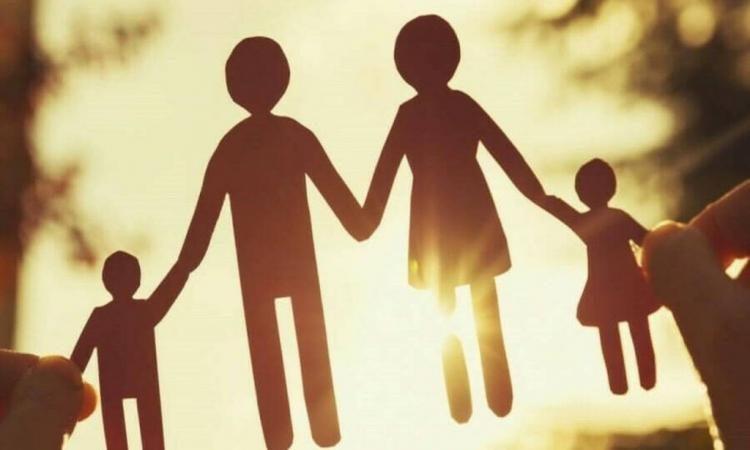 Μητέρα-Πατέρας-Παιδί: Οι λέξεις που καταργούν οι Βρετανοί