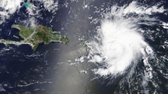 Γλίτωσε το Πουέρτο Ρίκο Ενισχυμένος κινείται προς τη Φλόριντα ο τυφώνας Ντόριαν