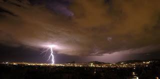 Έρχονται ισχυρές καταιγίδες και χαλάζι – Ποιες περιοχές θα «χτυπήσει» η κακοκαιρία