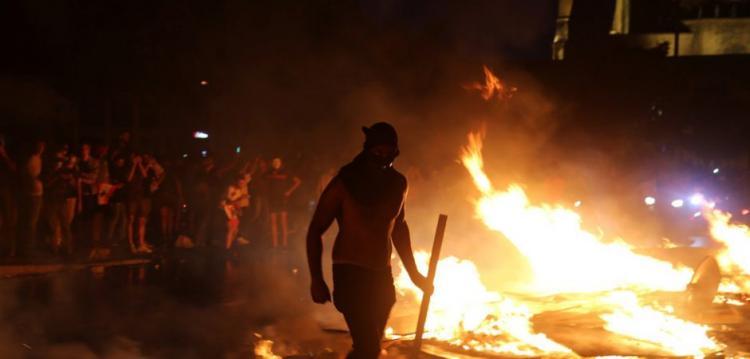 Παγκόσμιες φλόγες: γιατί διαδηλώνουν σε όλο τον κόσμο;
