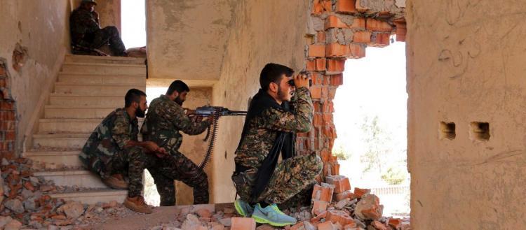 Κούρδοι βάζουν το «Rage against the machine» ενώ πηγαίνουν στο μέτωπο – Σκληρές οδομαχίες με τους Τούρκους (βίντεο)