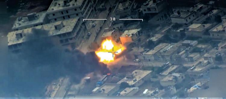 Η νέα μορφή του πολέμου: Τουρκικό drone καταστρέφει τεθωρακισμένο των Κούρδων και εξαϋλώνει τους μαχητές (βίντεο)