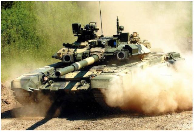 Η Ρωσία παραδίδει SU-30 και T-90 στο Ιράν