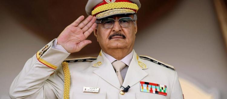 Ο στρατηγός Χαφτάρ που δεν αναγνωρίζει η Ελλάδα (!) κατήγγειλε στον ΟΗΕ τη συμφωνία Άγκυρας-Τρίπολης