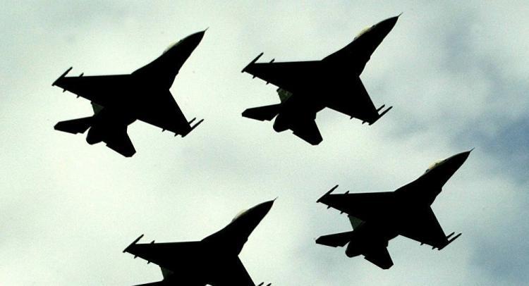 Επικίνδυνα «παιχνίδια» στο Αιγαίο: Τούρκος πιλότος έριξε θερμοβολίδες