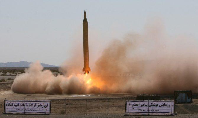 Το Ιράν ενεργοποίησε βαλλιστικούς πυραύλους – Οι ΗΠΑ μεταφέρουν εκτάκτως όπλα στην Ιορδανία – Κρίσιμες στιγμές