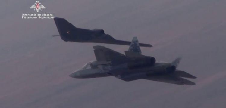 Αυτός είναι ο εφιάλτης των F-35! Τα αεροσκάφη που θα προστατεύουν τα ρωσικά μαχητικά στον αέρα [vid]