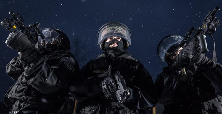 Καταφτάνει στον Έβρο το Αυστριακό «Υπερ Άρμα» …Συνοδεία των » EKO Cobra».