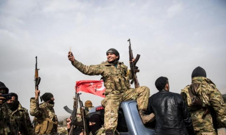 Kατάρρευση Ερντογάν: Δεν έχει λεφτά να πληρώσει τους ισλαμιστές της Συρίας – Τον προειδοποιούν με προσάρτηση της Αλεξανδρέττας./Οι στρατιώτες του Χαφτάρ «θυμίζουν» στον Ερντογάν τους νεκρούς Γκρίζουν Λύκους: «Ετοιμάσου για όσα έρχονται».