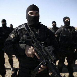Σεπόλια: Συνελήφθησαν 11 αλλοδαποί – Τι βρήκε η αντιτρομοκρατική (φώτο)