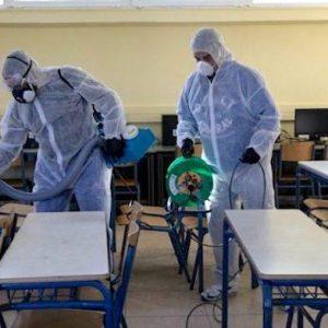 Σχολεία: Διαφωνία από τους ειδικούς για το πότε και ποιες τάξεις θα ανοίξουν