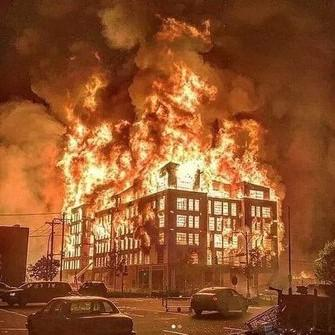 #MinneapolisRiot…. Λίγο Πριν Τις Εκλογες Των ΗΠΑ Στις 3 Νοεμβρη