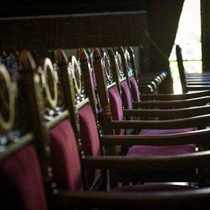 Ιερά Σύνοδος: Προτροπή για τήρηση των μέτρων στους ναούς