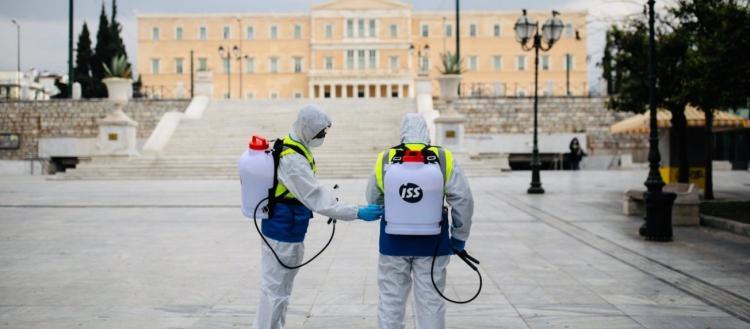 Η κυβέρνηση «κλειδώνει» πάλι τους Έλληνες: Δείτε τους νέους περιορισμούς που αποφασίζονται την Δευτέρα