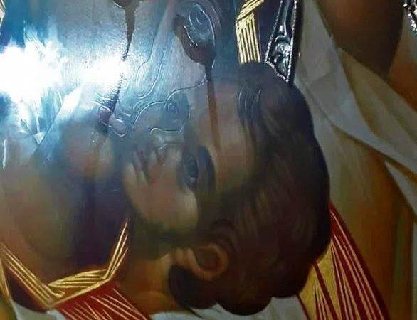 Η ΠΑΝΑΓΙΑ Η ΠΑΡΗΓΟΡΗΤΡΙΑ στην Αθήνα κλαίει για εμάς και για αυτά που έρχονται ( ΒΙΝΤΕΟ)