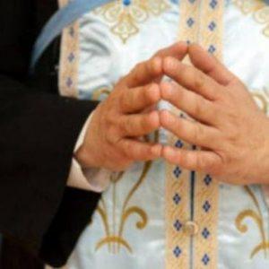 Ξεκίνησαν οι ¨άδειες¨σε ιερείς που είναι κατά της μάσκας εντός εκκλησίας