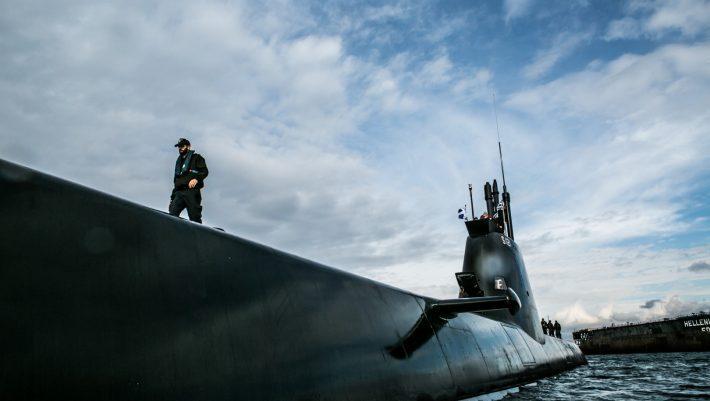 Οι «σιωπηροί κυνηγοί»: Τα «μαύρα πλοία» που δεν αστοχούν ποτέ είναι το πιο ισχυρό όπλο της Ελλάδας στο Αιγαίο