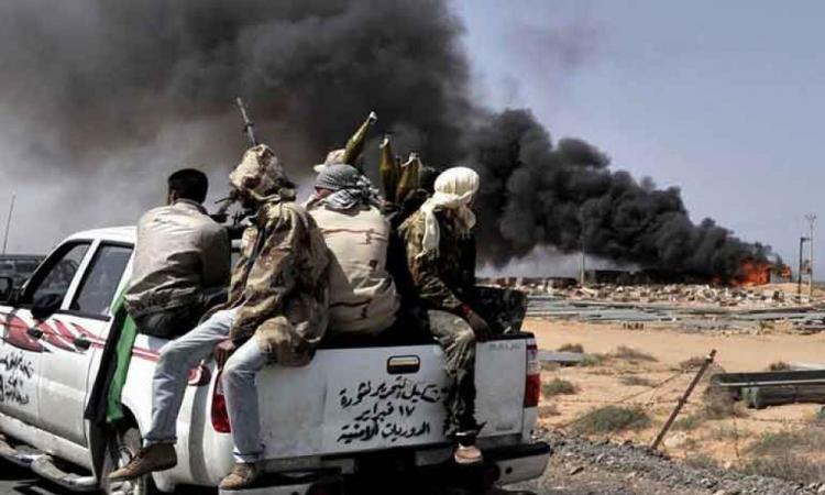 """Λιβύη: """"Εμφύλιος"""" μεταξύ πολιτοφυλακών Σάρατζ & μισθοφόρων της Τουρκίας."""