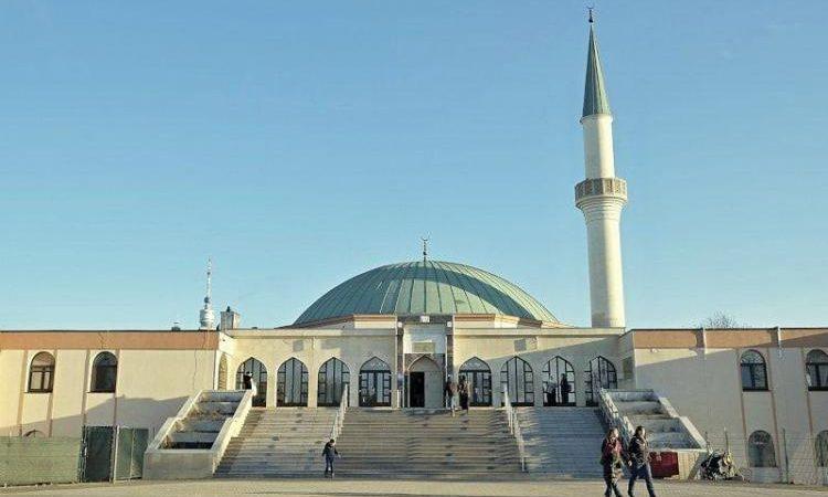 Αυστρία: Κλείσιμο Τζαμιών για το συμφέρον της δημόσιας ασφάλειας.