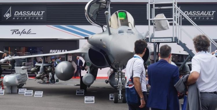 """""""Μάχη"""" ΥΠΕΘΑ για να δούμε στην έκθεση DEFEA ακόμα και ελληνικό Rafale! Ίσως και F-35…"""