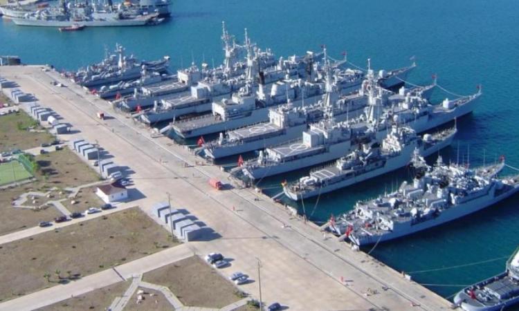 """'Κρύβουν"""" την αλήθεια οι Τούρκοι: Ζημιές σε στρατιωτικές υποδομές στην Σμύρνη."""