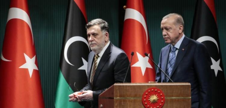 """Ο Σάρατζ ρίχνει """"άκυρο"""" σε Ερντογάν & Μπασάγκα & αυτονομείται"""
