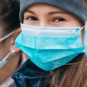 «Σίριαλ» με το ποιες μάσκες… προστατεύουν – «Και οι υφασμάτινες είναι αποτελεσματικές και στη μετάλλαξη του κορωνοϊού»