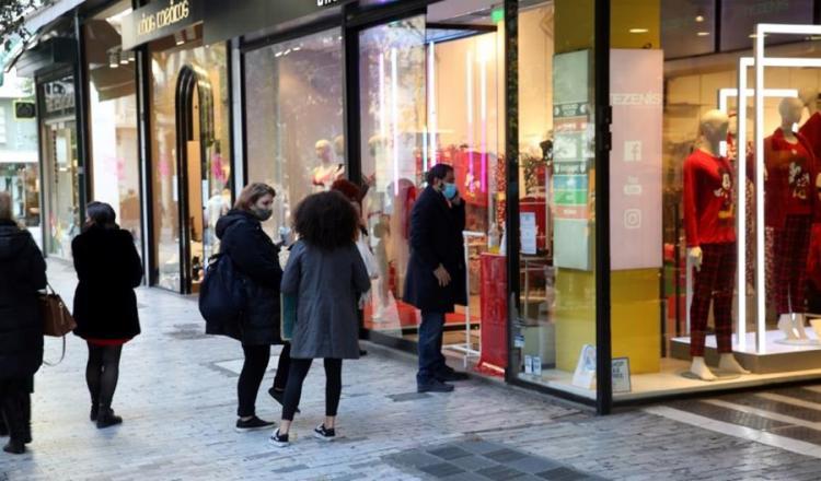 Εισηγήσεις για άνοιγμα του λιανεμπορίου με «click in shop» στις 18 Ιανουαρίου./Νέα επίθεση λοιμωξιολόγων σε κυβέρνηση: «Ούτε να το σκέφτεστε για click in shop – Θέλουμε σκληρό lockdown σοκ & δέους»/Γώγος: Έρχεται τρίτο κύμα… Πιθανόν να παραταθεί το lockdown.