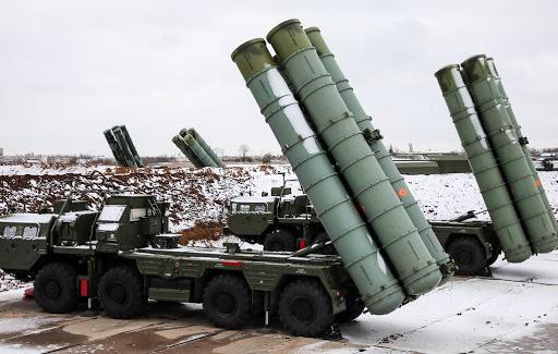 Ρωσικά ΜΜΕ: Στην Τουρκία δεν πωλήθηκαν τα γνήσια συγκροτήματα S-400
