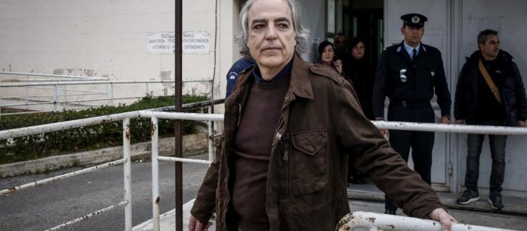 Πώς «τα έκανε θάλασσα» η κυβέρνηση Μητσοτάκη & στην περίπτωση Κουφοντίνα: Ψήφισαν νόμο που δικαιώνει τον «Λουκά» της 17Ν
