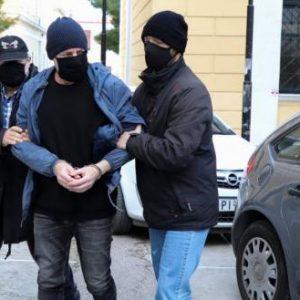 Απορρίφθηκε η αίτηση άρσης της προσωρινής κράτησης του κατηγορούμενου για παιδοφιλία Δ.Λιγνάδη
