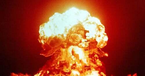 Ετοιμαστείτε για ένα χειρότερο σενάριο με την Ρωσία και τον πυρηνικό πόλεμο ολοκληρώνοντας την καταστροφή της Αμερικής, διασφαλίζοντας μια «επιστροφή στους σκοτεινούς χρόνους»