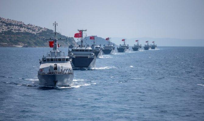 """Πολεμική ομιλία Ερντογάν στους Τούρκους Αξιωματικούς υπό τους ήχους ομοβροντιών: """"Μάχη μέχρι τέλους – Toυρκική λίμνη η Μεσόγειος"""""""
