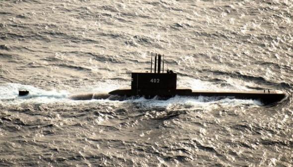 Τραγωδία στην Ινδονησία: Εντοπίστηκαν συντρίμμια του υποβρυχίου και το κύτος σε βάθος 850 μέτρων