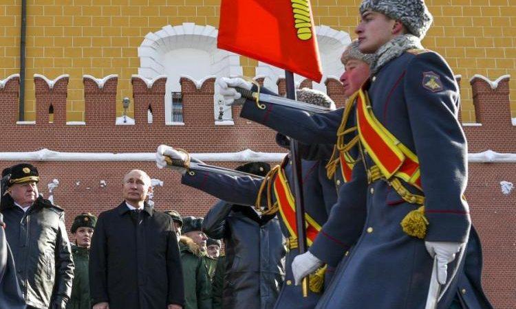Η Ρωσία κάνει πόλεμο νεύρων στις ΗΠΑ μέσω… Ουκρανίας.