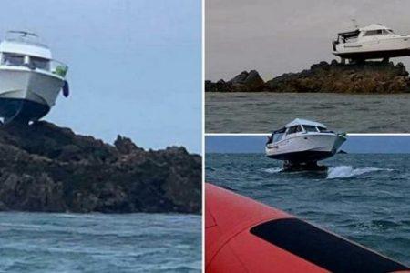 Αδιανόητο! Πλοίο σκαρφάλωσε σε βράχο αφού χτύπησε σε.. ύφαλο (φώτο)