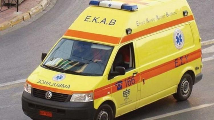 Βόλος: Έκοψαν κλήση για υπερβολική ταχύτητα σε… ασθενοφόρο!