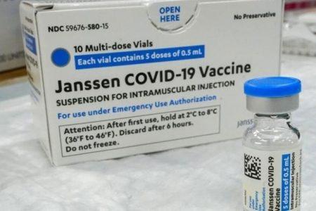 Κορωνοϊός: Νέες παρενέργειες για τα εμβόλια της Johnson & Johnson και της AstraZeneca