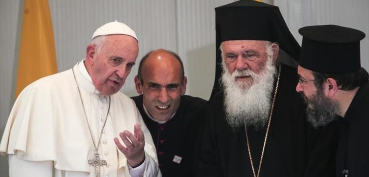 «ΥΠΕΡΒΟΜΒΑ»: Η οργάνωση που θα αντικαταστήσει την Εκκλησία – «Φωτιές» από καθολικό αρχιεπίσκοπο, ΒΙΝΤΕΟ